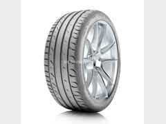 Gume Tigar 215/60R17 TIGAR UHP 96H